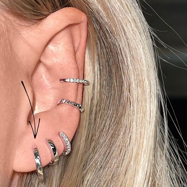 Earrings Sleek Medium